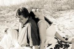 couple_engagement_beach_3